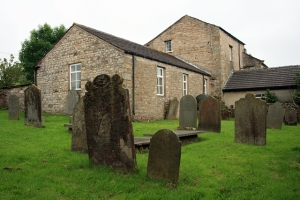 Sandemanian_graveyard,_Gayle_-_geograph.org.uk_-_1383761